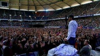 getlinkyoutube.com-Enrique Iglesias - Bailamos Live in Hamburg at Live Earth HD