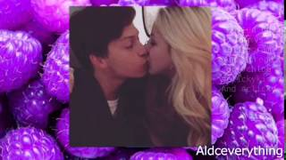 getlinkyoutube.com-Chloe Lukasiak and Ricky's First Kiss!