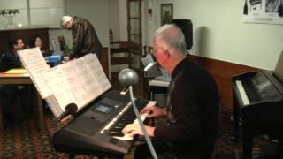 getlinkyoutube.com-Peter Jackson playing his Yamaha PSR-S950