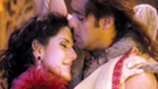 getlinkyoutube.com-Taali (Official Video Song) | Veer | Zarine Khan & Salman Khan