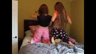 getlinkyoutube.com-What girls do at sleepovers ♡