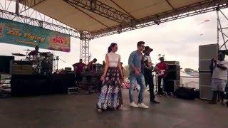 getlinkyoutube.com-Kunj & Twinkle dancing to the new Zee TV Family Jingle by Ravi B