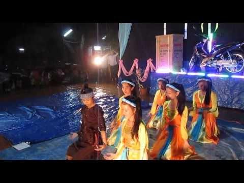 Trung Thu. Múa Chú Cuội Chơi Trăng- Thiếu nhi Giáo Xứ Xuân Quế -14/08/Quý Tỵ- 18-09-2013