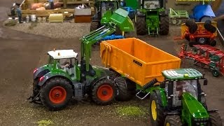 getlinkyoutube.com-R/C John Deere & Fendt in Action! Amazing RC Tractors at work. Awesome Farmland! SIKU 1:32 models.