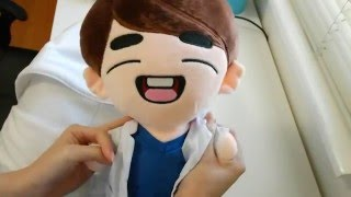Unboxing SHINee Onew's Doll from @OnewHeart1214