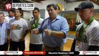Mauricio Sulaimán entrega medalla CMB a Lalo Beas y Fermin Ayala en Chicago