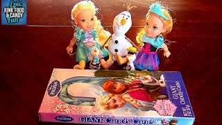 getlinkyoutube.com-FROZEN Anna Elsa Olaf, GIANT BLUEBERRY CANDY CANE, Kid Candy Review