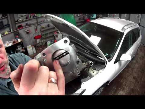 Чистим + обучаем  электронную заслонку Toyota Fielder