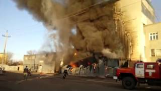 getlinkyoutube.com-Пожар  Сгорел гараж  Спасли ЗиЛ  Оренбург