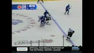 "getlinkyoutube.com-Top 10 NHL ""Battle of Ontario"" Moments (Part 2 of 2)"