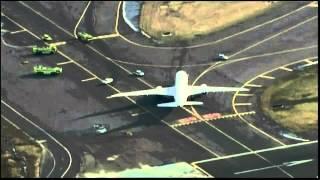 getlinkyoutube.com-Boeing 787 Dreamliner Brake Problem Scare