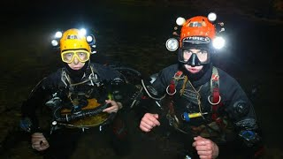 Meet-the-British-divers-helping-craft-a-plan-in-the-Thailand-cave-rescue width=