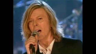 getlinkyoutube.com-David Bowie – Ashes To Ashes (Live BBC Radio Theatre 2000)