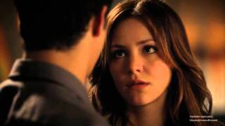 getlinkyoutube.com-Scorpion 2x01: Walter and Paige #3 (First kiss scene)