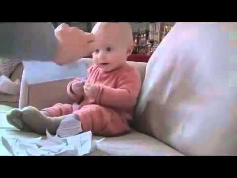 Bayi Lucu Banget bikin kita ketawa