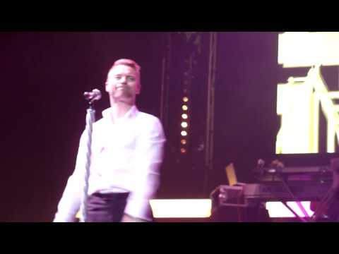 Boyzone - When The Going Gets Tough (Leeds, 9/12/13)