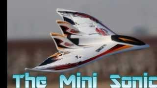 getlinkyoutube.com-Mini Sonic Flying Wing From Hobby King