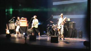 Laughing Gas - Tak'up - Live in Toulouse 2011
