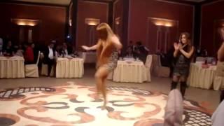 getlinkyoutube.com-Шалахо Шикарно Танцует Армянка