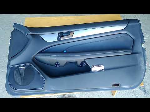 Обшивка правой передней двери Мерседес C204 W204 2012 Купе