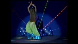 getlinkyoutube.com-Aaja Nachle - Indian Dance