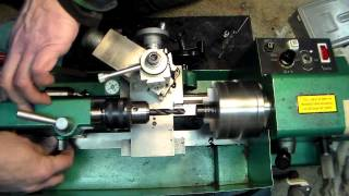 getlinkyoutube.com-Simple lathe operations on the 7x10 mini-lathe