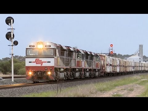 SCT Freight Train at Lara, Victoria - PoathTV Australian Trains & Railways