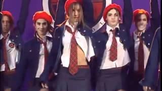 getlinkyoutube.com-El grupo de baile en la ceremonia de inicio de curso del Elite Way School - Rebelde Way