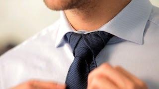 getlinkyoutube.com-How to Tie a Merovingian Knot | Men's Fashion