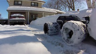 getlinkyoutube.com-Traxxas Summit Chained 8 tire Dually Snow-plows my Driveway