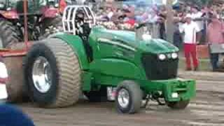 getlinkyoutube.com-John Deere super stock tractor pull @ Washington County Fair John Raymond