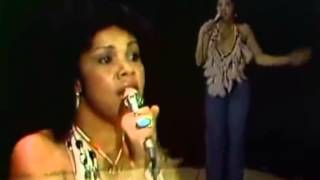 getlinkyoutube.com-Candi Staton - Young Hearts Run Free