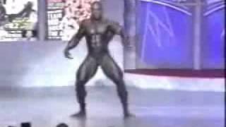 getlinkyoutube.com-Breakdance Bodybuilder