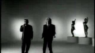getlinkyoutube.com-This Old Heart Of Mine-Rod Stewart (1989 Version With Ronald Isley
