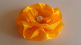 getlinkyoutube.com-Flor de Fita De Cetim !  Satin Ribbon Flower