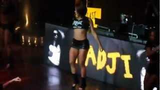 getlinkyoutube.com-GogoGirl Sarada dançando no palco - Brazil Sexy GogoGirl