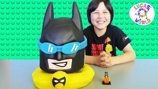 getlinkyoutube.com-LEGO BATMAN MOVIE Giant PLAY DOH SURPRISE EGG MYSTERY TOYS VINYL FIGURES & FUNKO BLIND BAGS