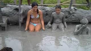 getlinkyoutube.com-El Totumo volcano near Cartagena, Colombia