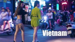 Vietnam Nightlife 2017 - Vlog 143 (bars, cheap beer, girls)