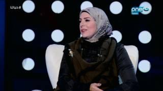getlinkyoutube.com-حياتنا -  الفنانة / سحر كامل اول عروسة كومبارس في مصر يترمي عليها اليمين من اللمبي في الكوشة  😂