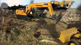 getlinkyoutube.com-Site Work | Construction stop-motion | #2