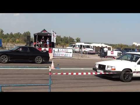 Nissan Skyline R32 RB20DET vs Volvo 740 Turbo