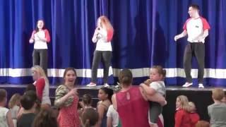 getlinkyoutube.com-Butlins, Bognor regis do Party Dance Mash-up
