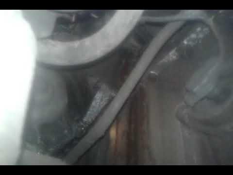 Мерседес 104 двигатель течь антифриза