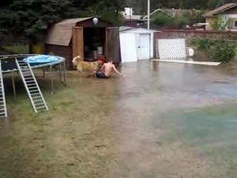 Как быстро спустить воду из бассейна.