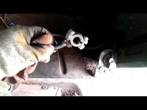 Где в УАЗ 469 предохранитель прикуривателя