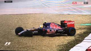 getlinkyoutube.com-Carlos Sainz Jr. - Crash Austin Texas Qualifing