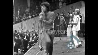 "getlinkyoutube.com-The Rolling Stones ""Satisfaction"" Live 1965 (Reelin' In The Years Archives)"