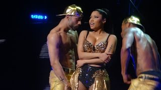 getlinkyoutube.com-Nicki Minaj - Flawless ft. Beyonce (Brussels, Belgium - The Pink Print Tour, Palais 12 - HD)