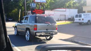 03 Chevy Tahoe skating on 26s(1)